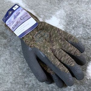 NWT Red Steer Chilly Grip Gloves